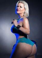 Mature Carla Montana - escort in Dundalk