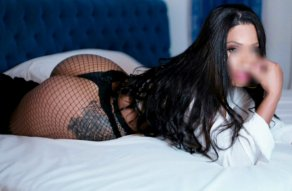 Lara Moon - escort in Dundalk