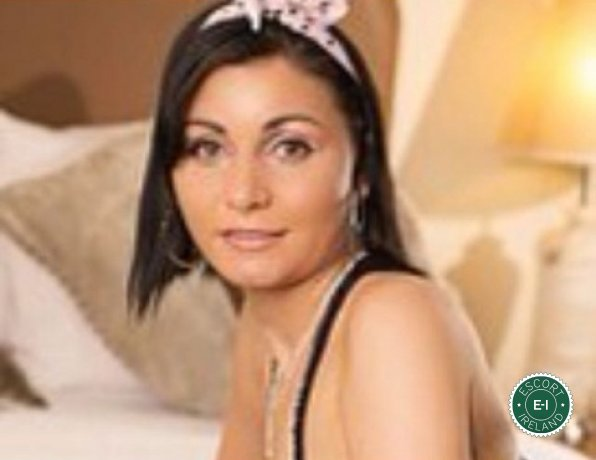 Evelyn is a sexy Swiss escort in Carrick-on-Shannon, Leitrim