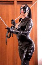 Anabelle - domination in Mallow