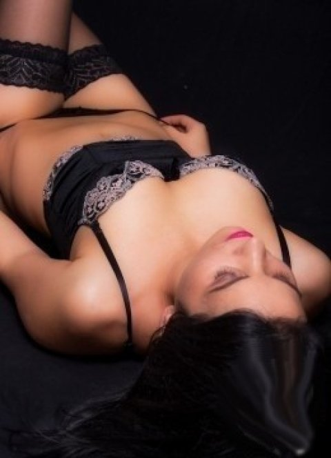 couples sensual massage adelaide asian escorts