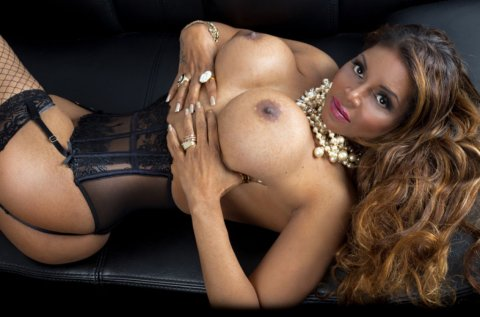 Abril - female escort in Santry